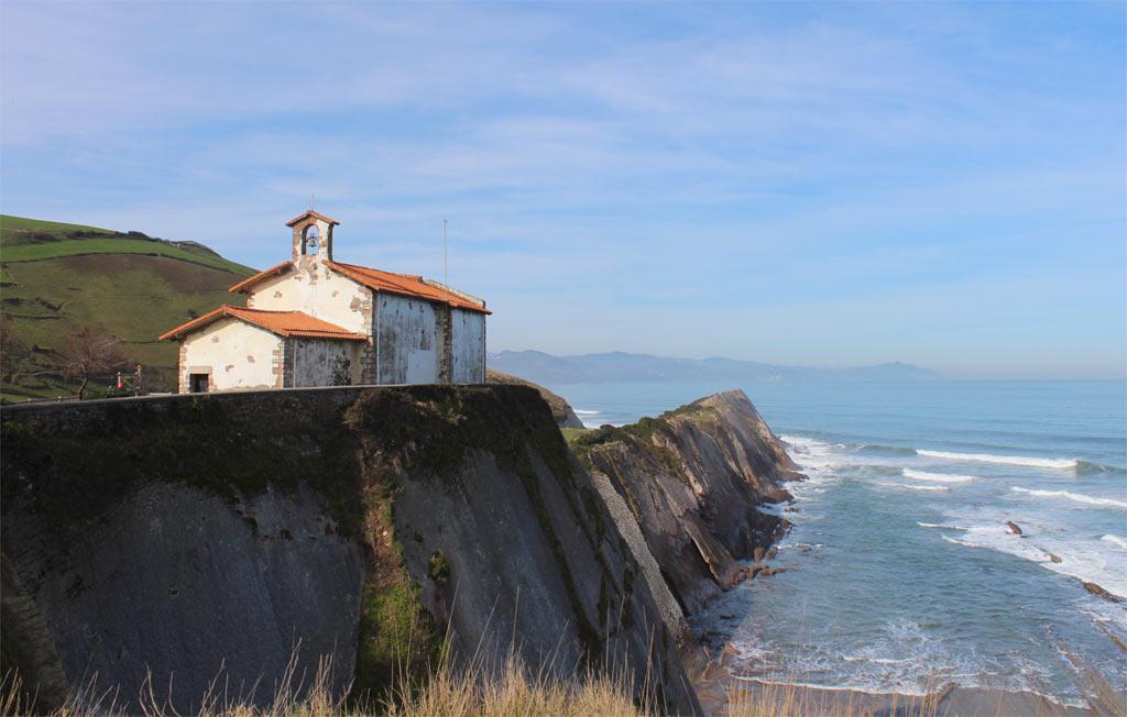 Gu a actualizada del camino de santiago albergues etapas for Oficina turismo zumaia