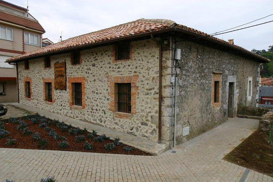 Albergue municipal de peregrinos La Peña