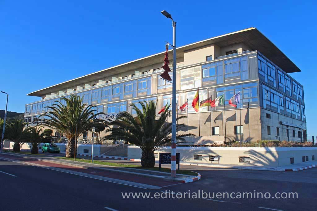 Hotel Juan de la Cosa (en Berria, pasado Santoña)