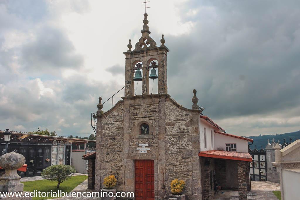 Iglesia de Santaia de Leiro