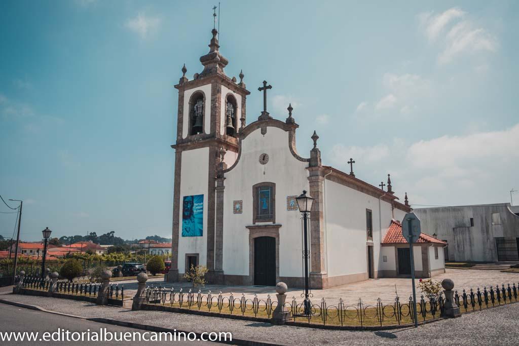 Iglesia parroquial de Carvahal