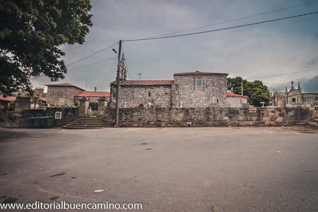 Iglesia de San Xoán y Pazo de Camba
