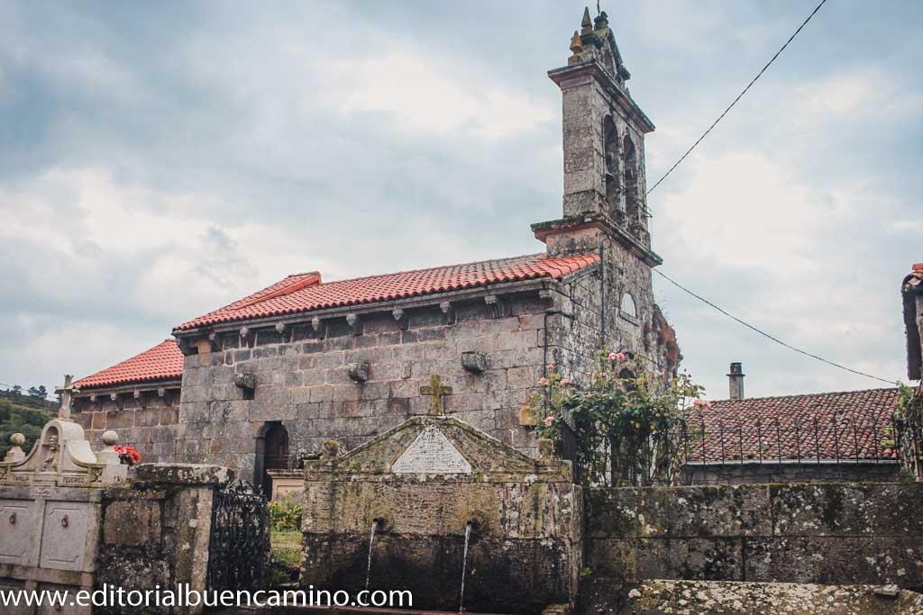 Iglesia de San Xiao y fuente