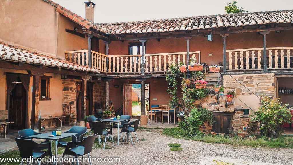Albergue y Casa Rural Las Águedas