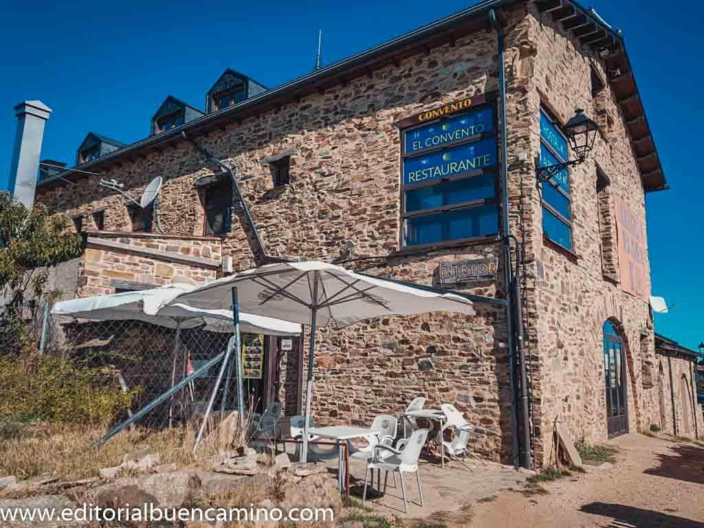 El Convento de Foncebadón Albergue/Hotel