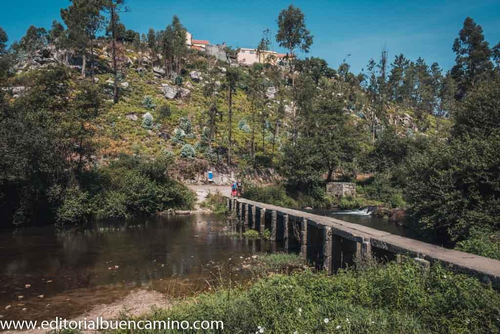 Puente sobre el río Neiva