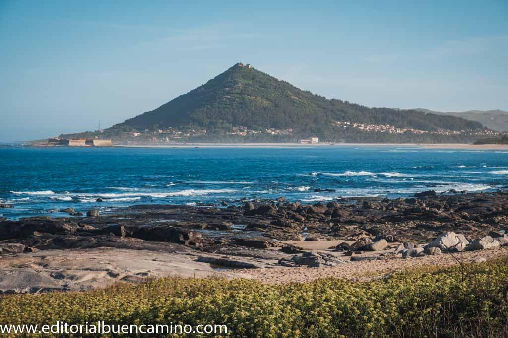 Playa de Moledo, forte da Ínsua y monte de Santa Trega