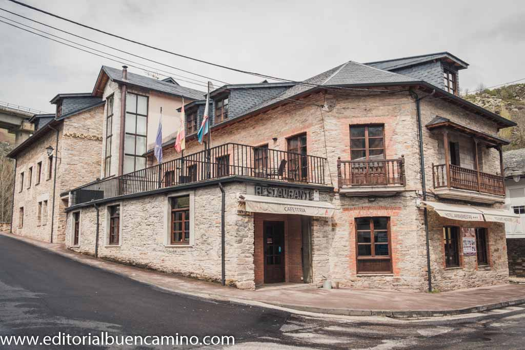 Hotel Rural Ambasmestas