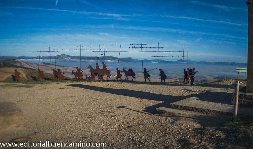Escultura de la caravana de peregrinos