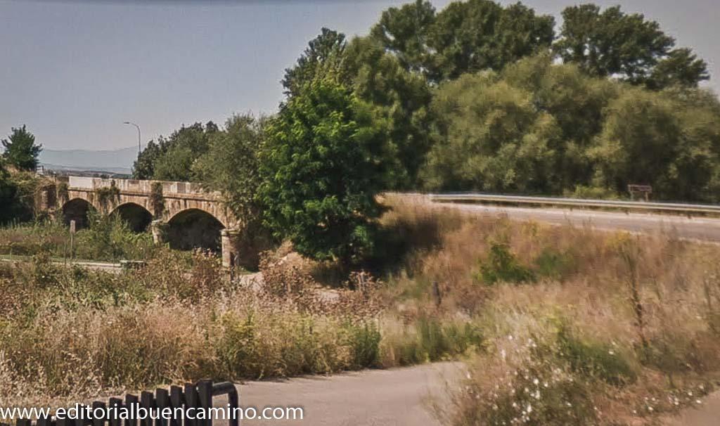 Puente sobre el río Tuerto