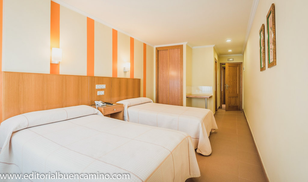 Albergue - Hotel O Cruceiro