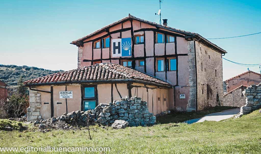 Albergue La Hutte y Casa Rural Papasol
