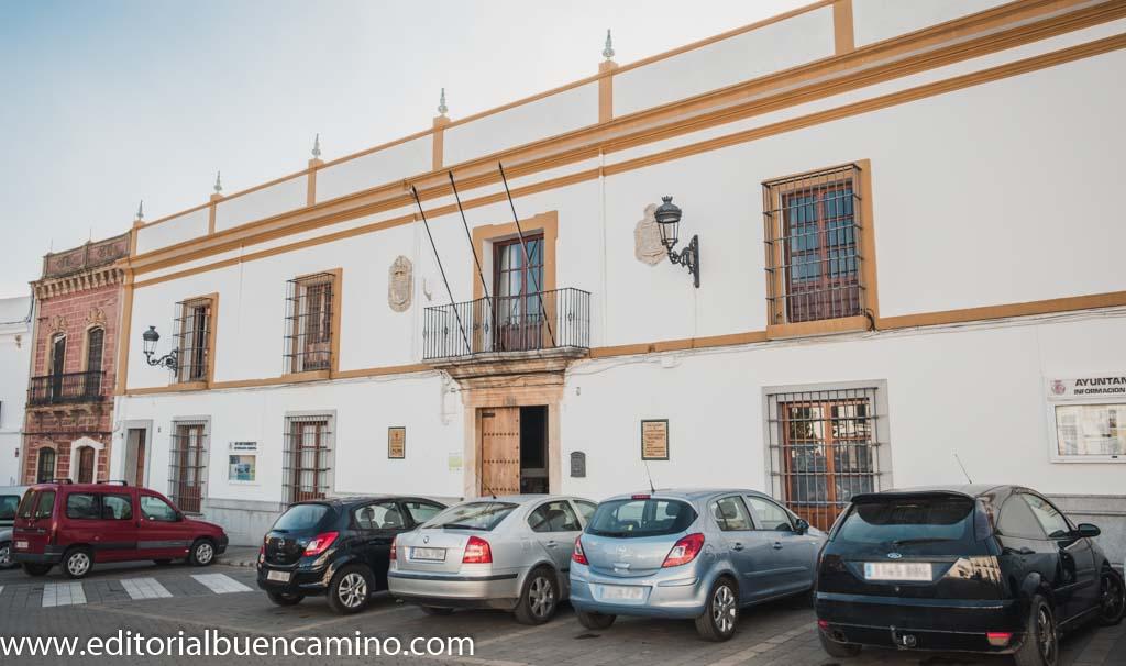Oficina de Turismo y Casa de Cultura