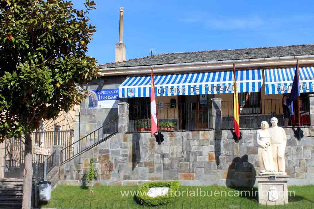 Villafranca del bierzo camino de santiago gu a for Oficina de turismo de santiago de compostela