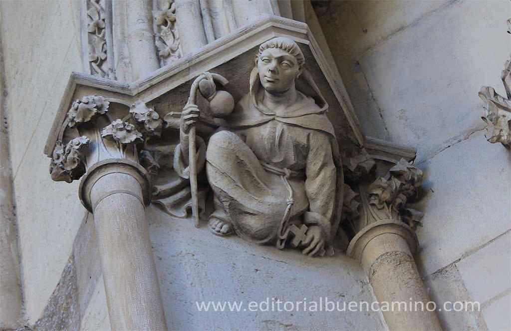 Peregrino en capitel de la Catedral