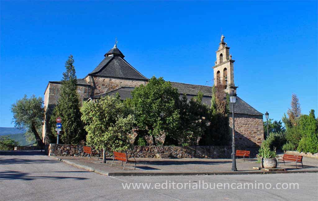 Iglesia de San Esteban de Columbrianos.