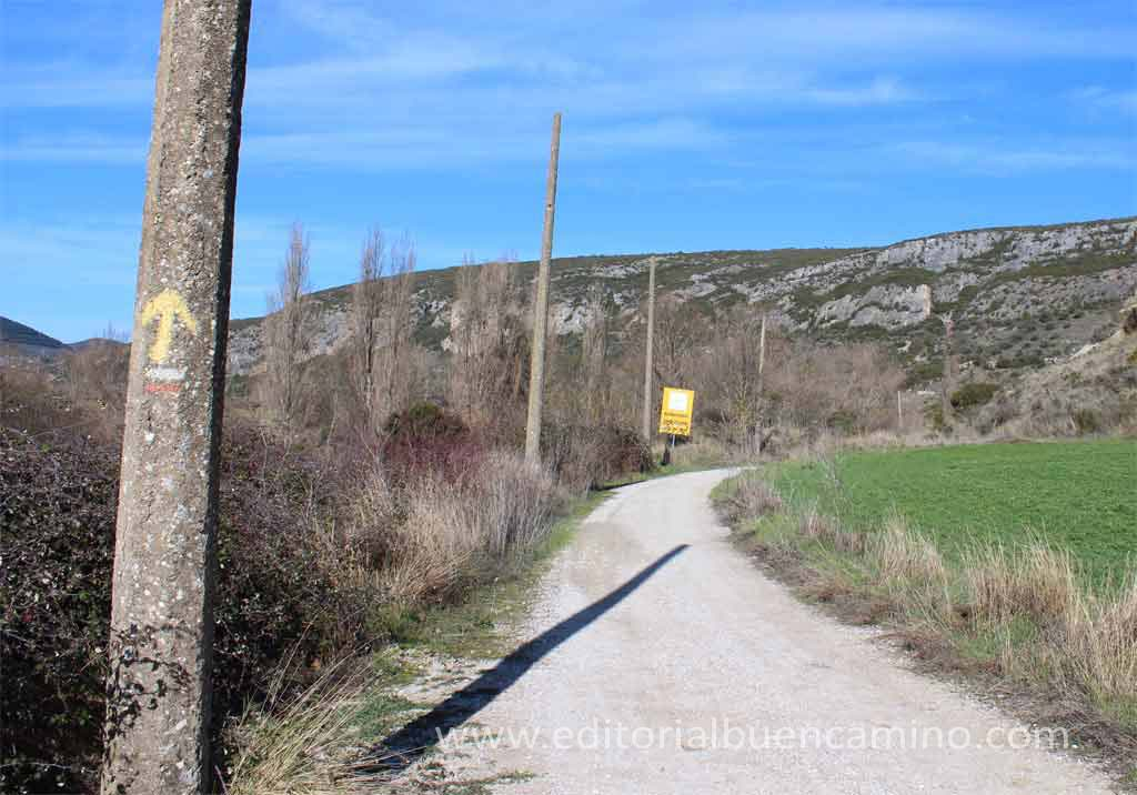 Antigua vía del ferrocarril de Liédena.