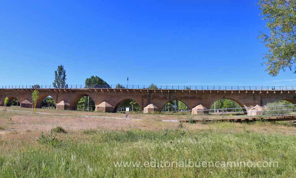 El puente de Puente Villarente.